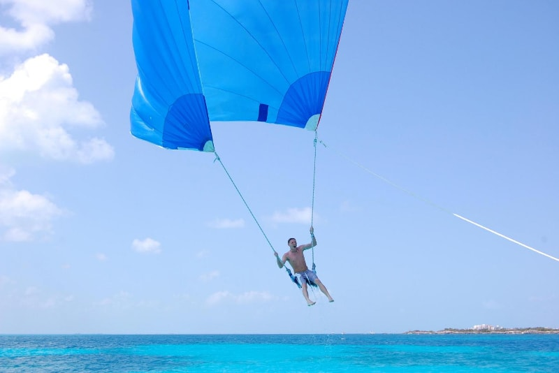 spinnaker flying - water sports