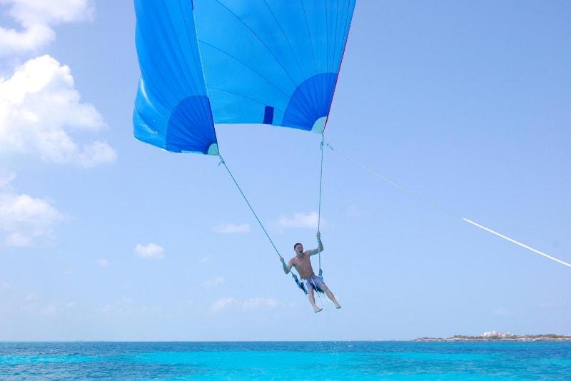 spinnaker flying - water sports