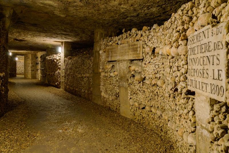 Catacombes - Sehenswürdigkeiten in Paris