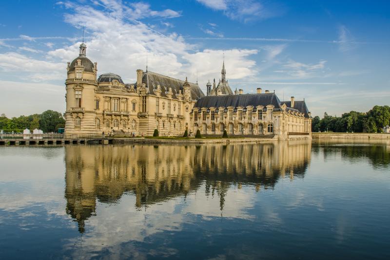 Chantilly Castle - Places to Visit in Paris