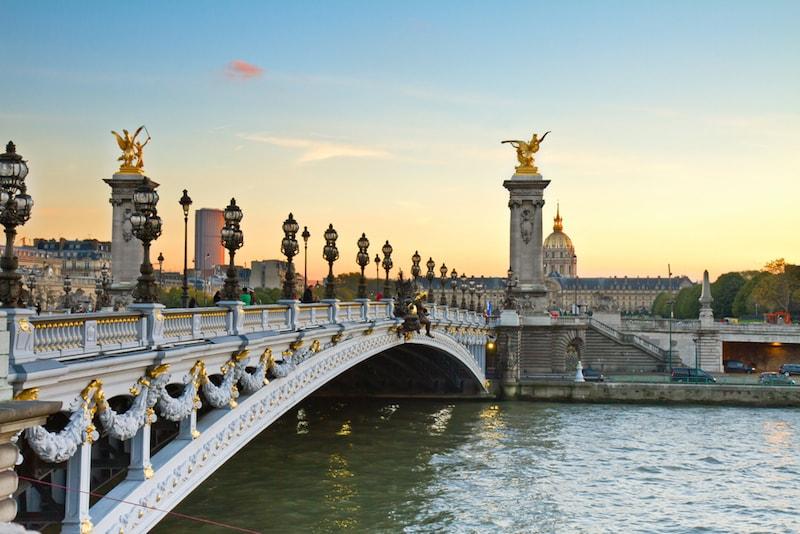 Pont Alexandre III - Sehenswürdigkeiten in Paris