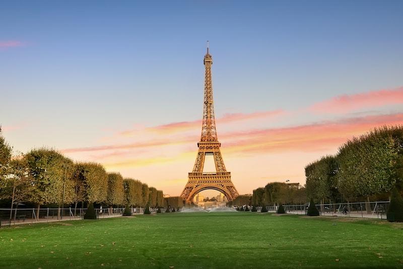 Tour Eiffel - Sehenswürdigkeiten in Paris