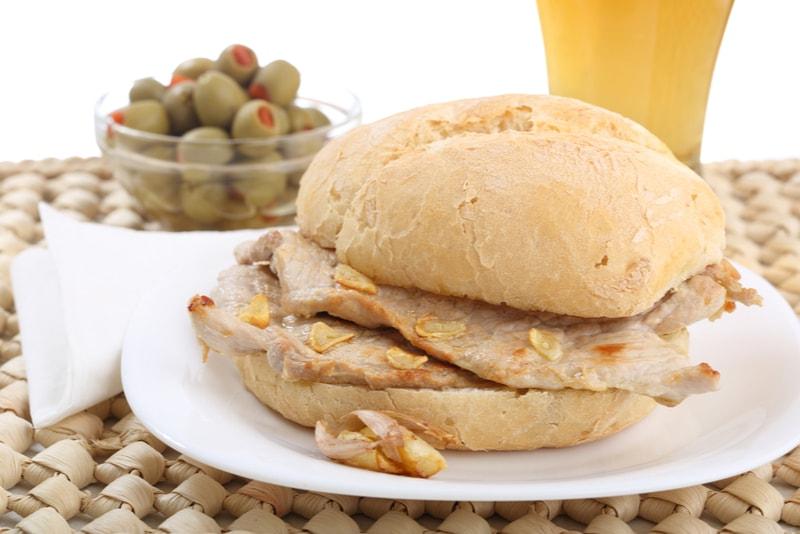 Lisbon Bifana Sandwich - Cose da mangiare a Lisboa