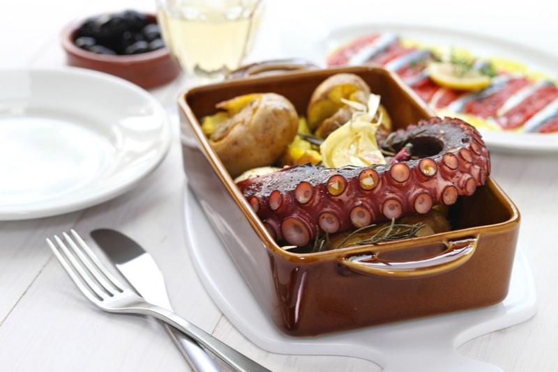 Polvo à Lagareiro - cosa da mangiare a Lisboa