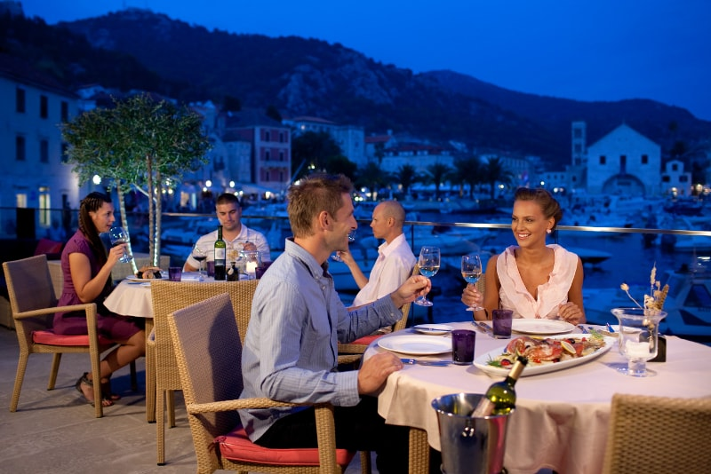 The Top Bar - Hwar - Best rooftops bars in the world