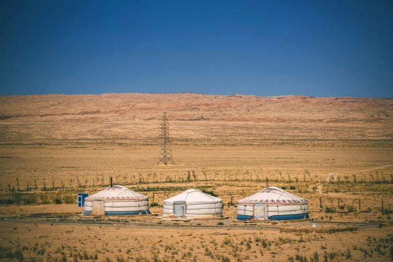 gobi_desert_yurt - Tourscanner