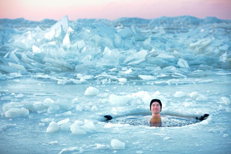 plongée_dans_la_glace - Sports Nautiques