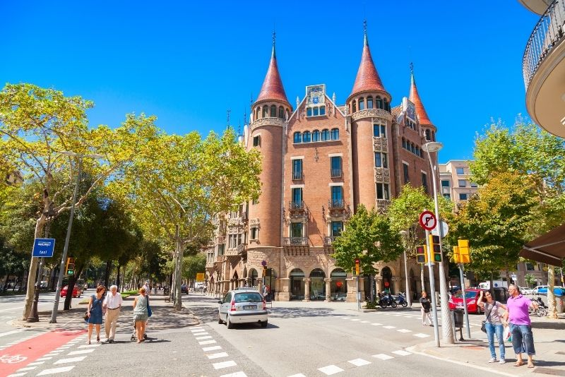 Casa de las Punxes, Barcelona