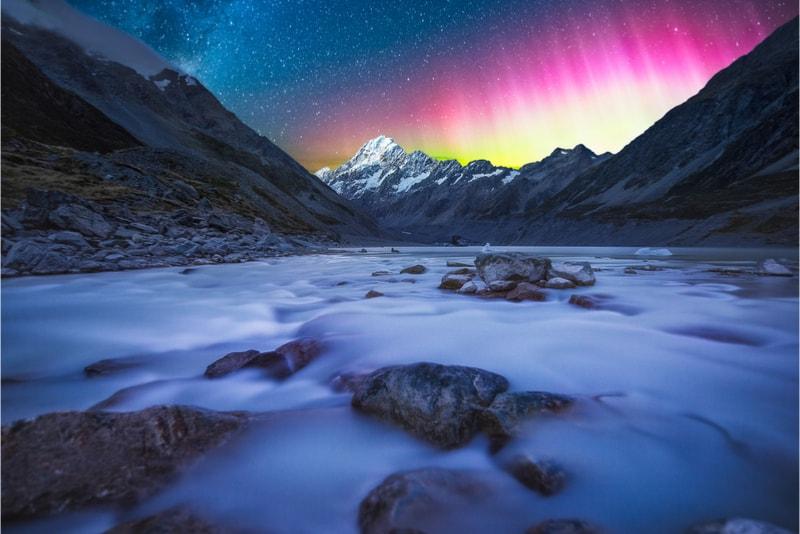 Mount Cook Aurora - Hiking Trails
