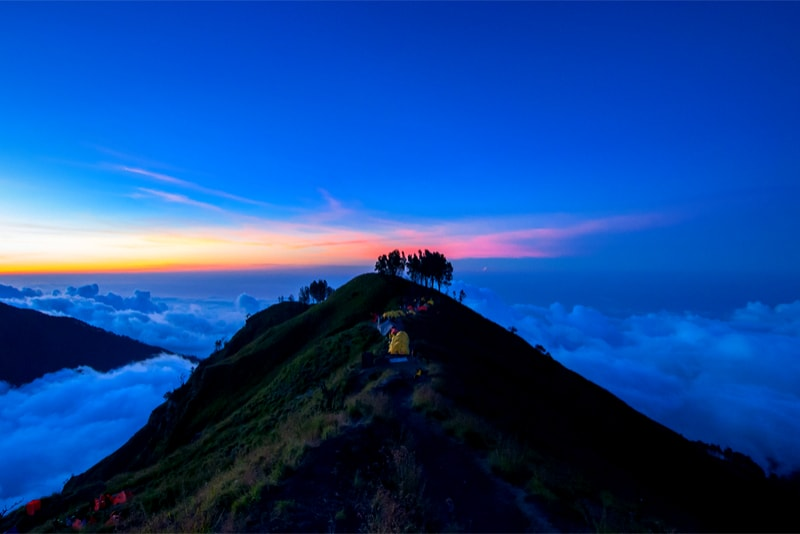 Mount Rinjani tents - 14 Amazing Hiking Trails you Probably didn't Know About