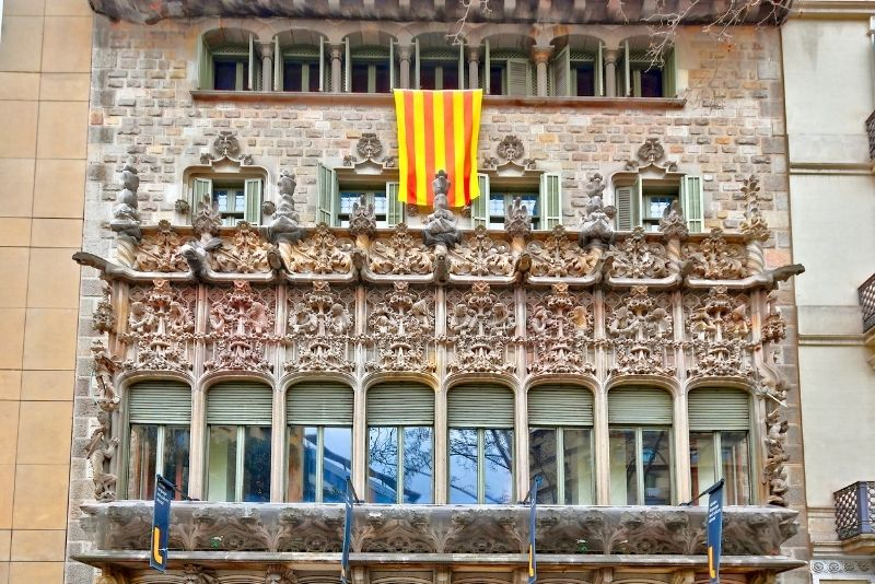 Palau Baró de Quadras, Barcelona