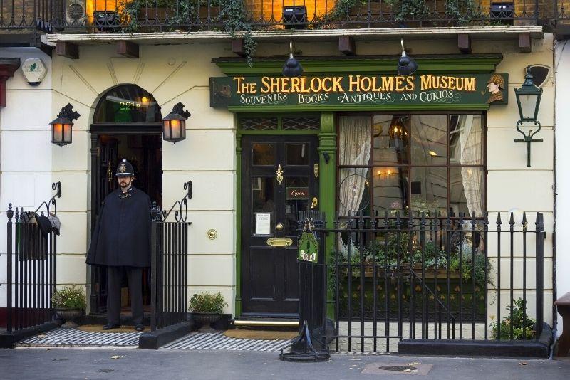 Sherlock Holmes tour in London