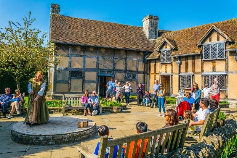 Stratford-upon-Avon tour from London