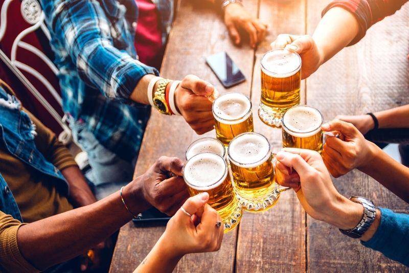 beer-tasting tour in London