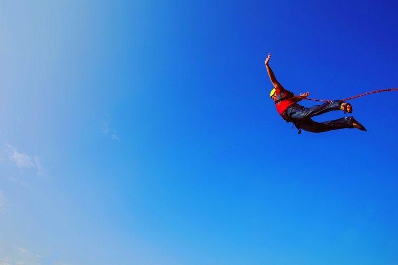 Bungee-Jumping in der Nähe von Barcelona