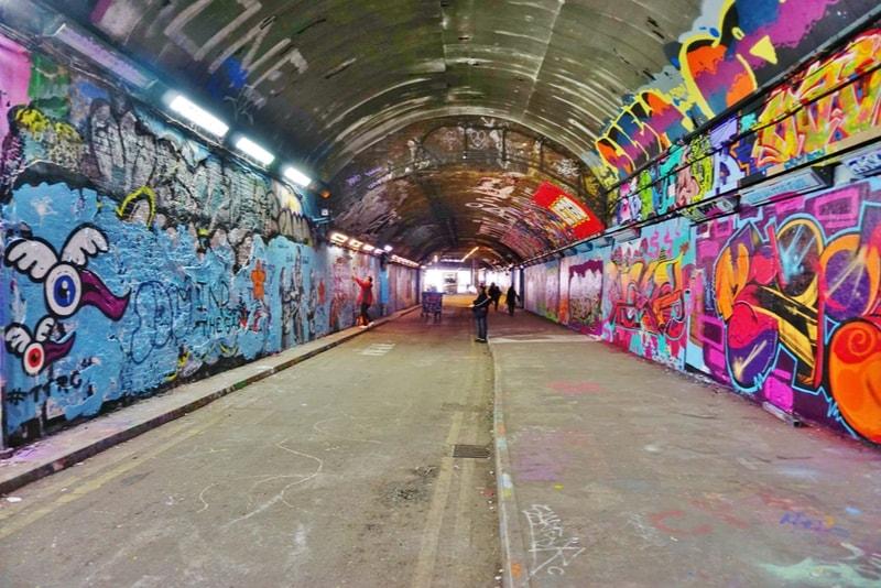 Leake Street Tunnel - 18 Choses Originales à Faire à Londres en 2019