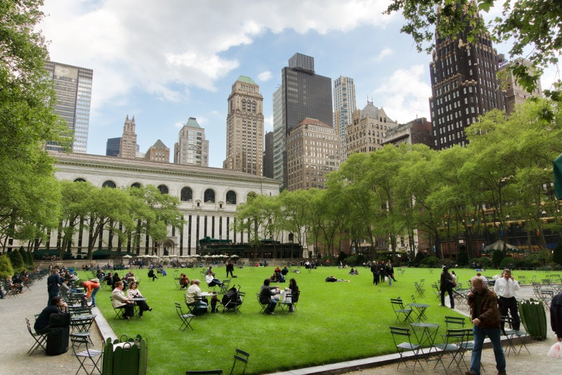 New York Bryant park - Fun Things to do in NYC