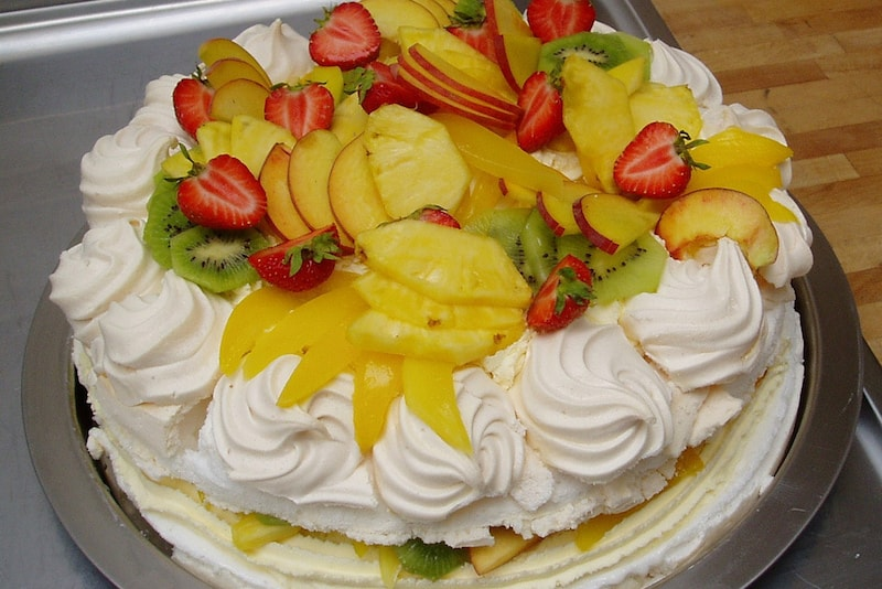 Pavlova Cake - Fun things to do in Australia