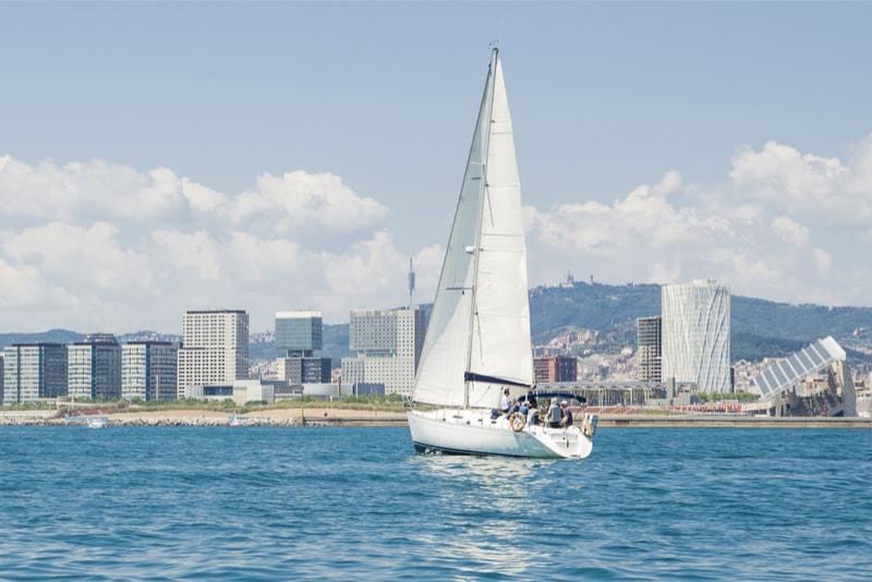 Vela em Barcelona - Coisas para fazer em Barcelona