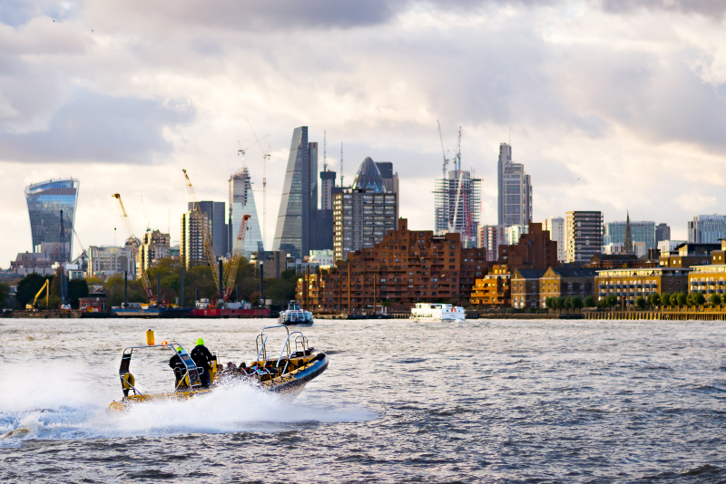 Speedboat in London - Fun things to do on London