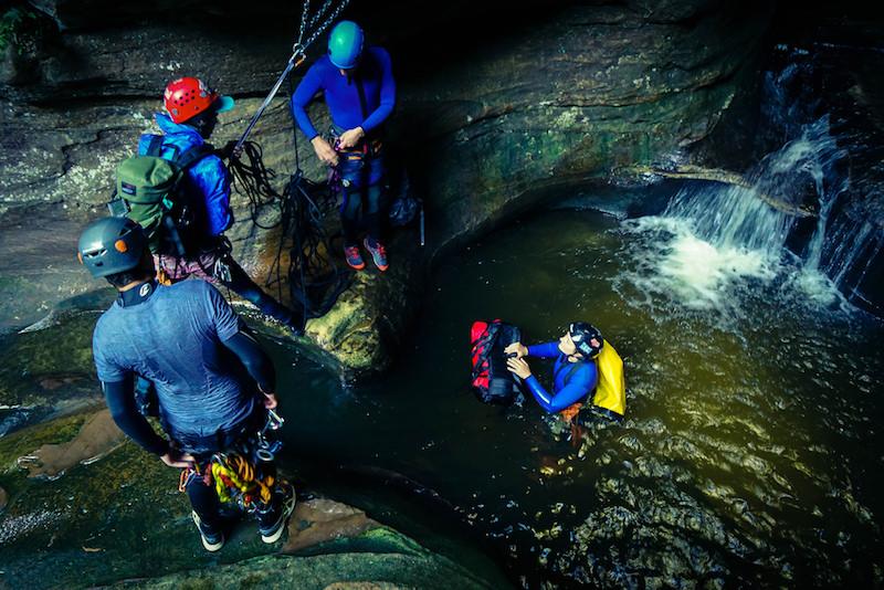 Canyoning dans les montagnes bleues - Que faire en Australie