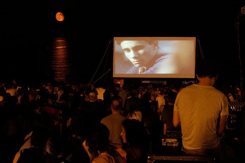 Cinéma sur la plage de Sant Sabastià - Choses à Faire à Barcelone