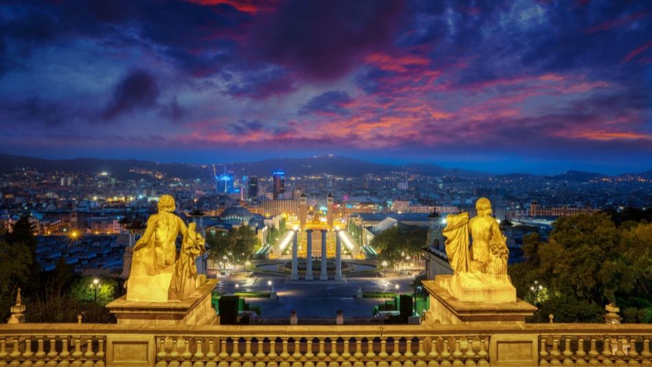 Coucher de soleil sur la Colline Montjuïc - Choses à Faire à Barcelone