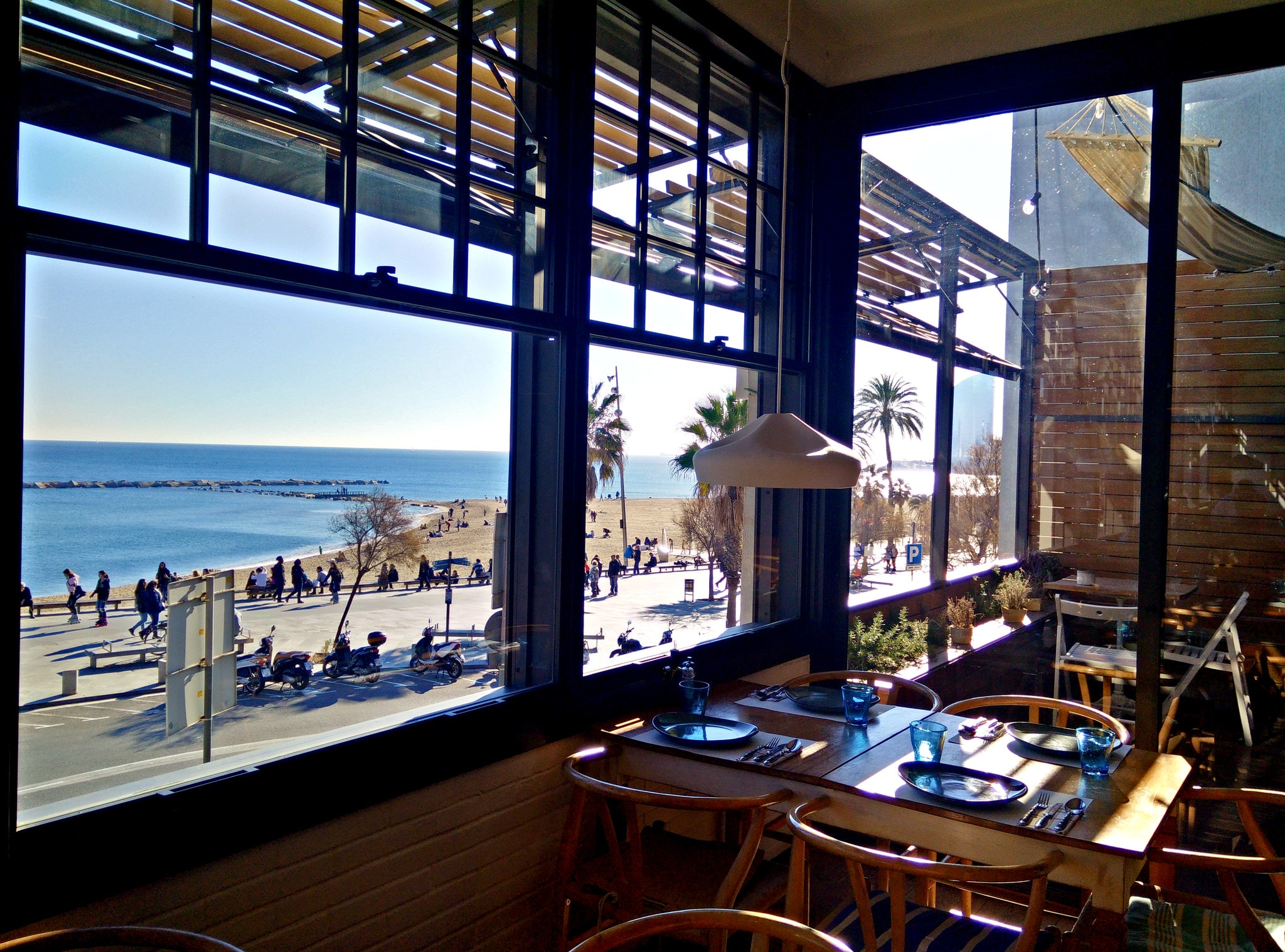 Restaurant Barraca sur la promenade de la Barceloneta - Choses à Faire à Barcelone