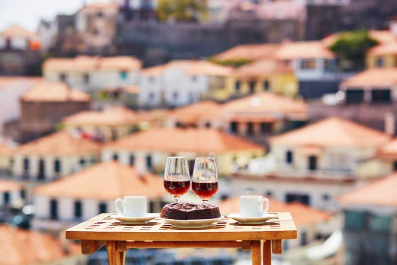 14 Amazing Restaurants In Lisbon Under 10 Euros Tourscanner