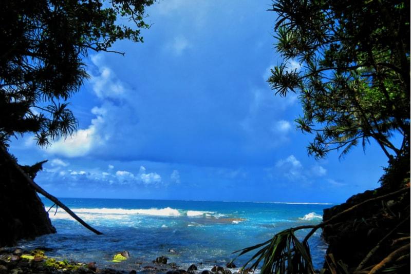Teahupoo-Tahiti-surfing spots