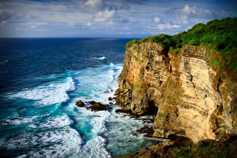Uluwatu, Bali, Indonesia-surfing spots
