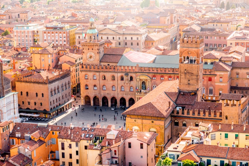 Bologna - places to visit in Italy