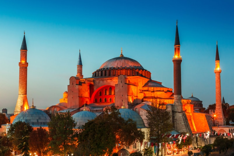 Hagia Sophia in Turkey - The Ultimate Travel Bucket List – 100 Best Things to Do