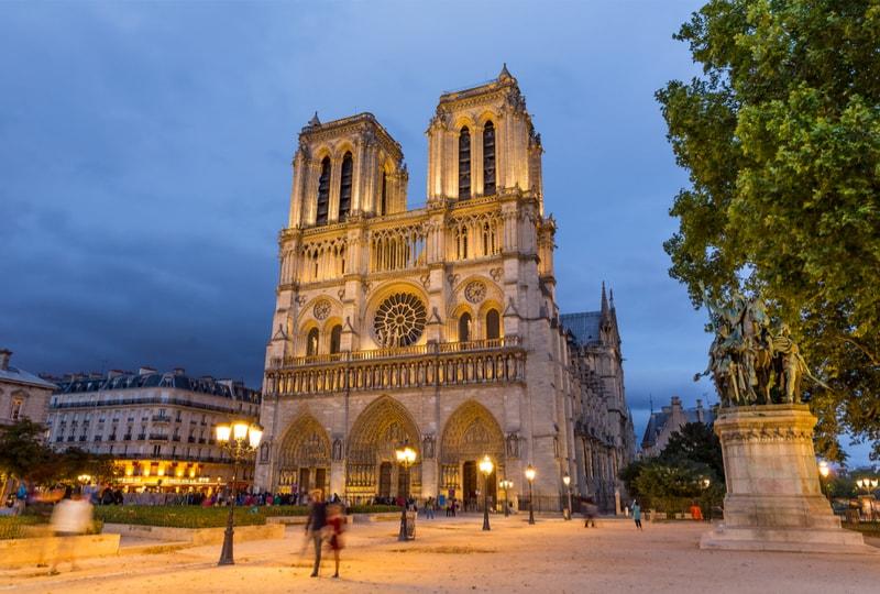 Cathédrale Notre Dame - 100 bucket list