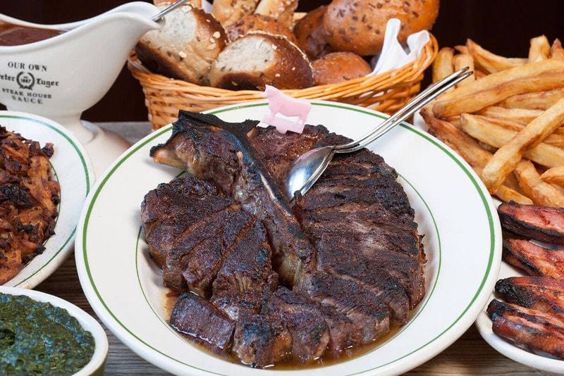 Il ristorante Peter Lurger - Cose da fare a New York