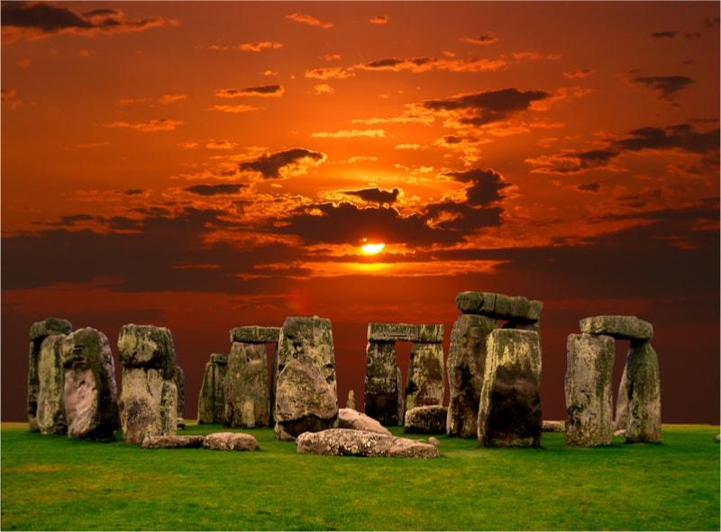Stonehenge in Salisbury, England - The Ultimate Travel Bucket List – 100 Best Things to Do