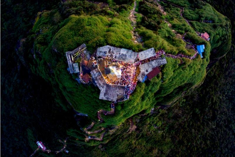 Adams Peak Aerial View - Places to Visit in Sri Lanka