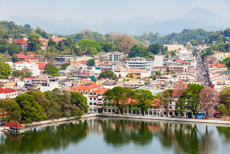Kandy Lake City - Places to visit in Sri Lanka