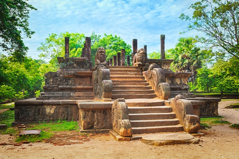 Polonnaruwa Ancient City - Places to Visit in Sri Lanka
