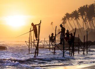 Traditional Fishermen in Sri Lanka / Places to Visit in Sri Lanka