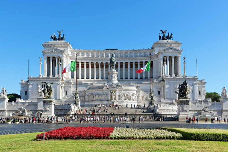 Vittoriano - places to visit in Rome