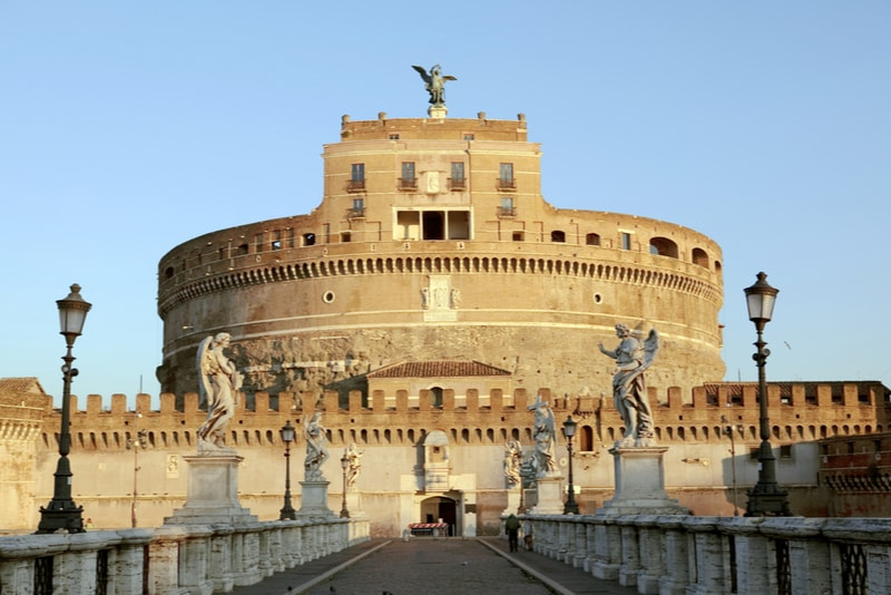 Castel Sant'angelo - places to visit in Rome