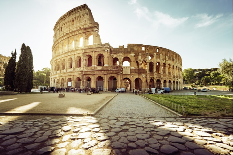 The Colosseum - places to visit in Rome
