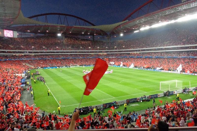 Da Luz - Football Stadiums
