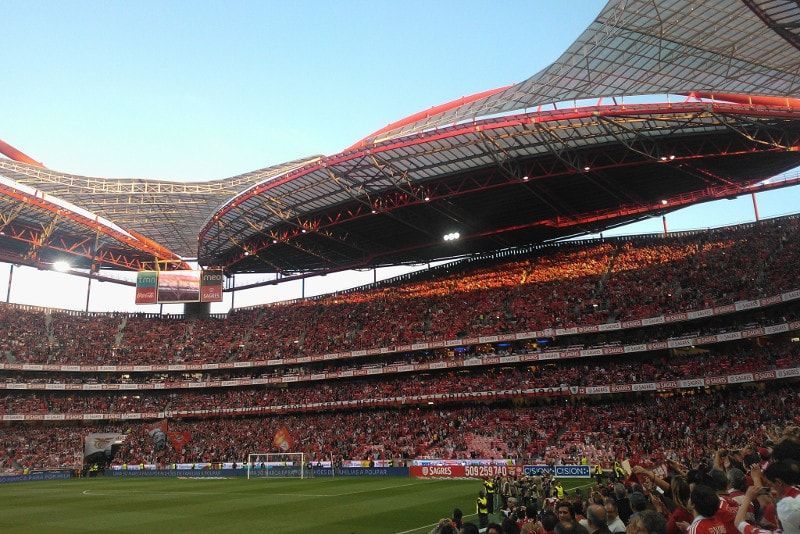 Da Luz - Football Stadiums