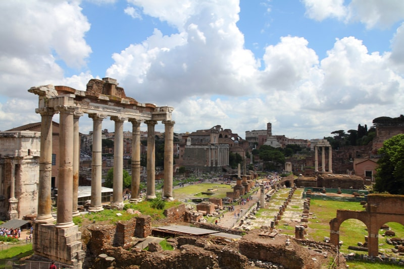 Roman Forum - places to visit in Rome