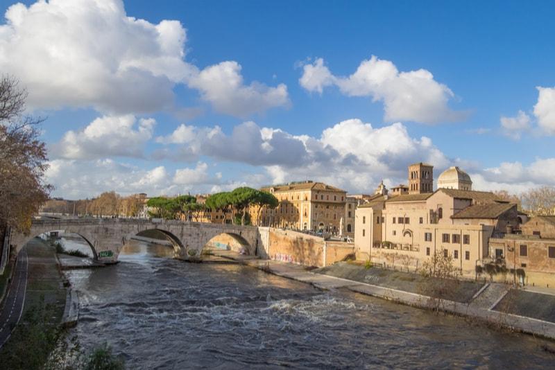 Das Lungotevere - Sehenswürdigkeiten in Rom