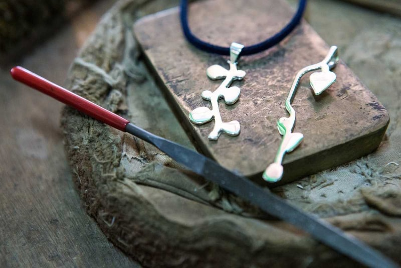 Silversmith class - Fun things to do in Bali
