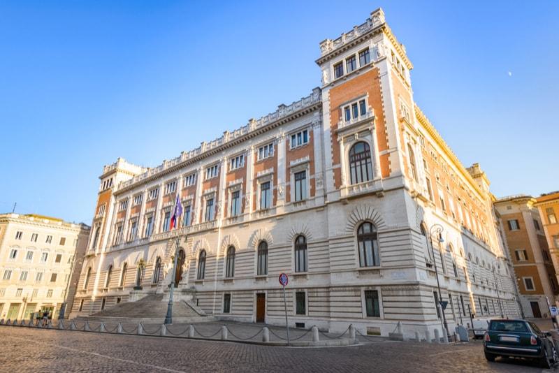 Palazzo Montecitorio - Coisas Para Ver em Roma
