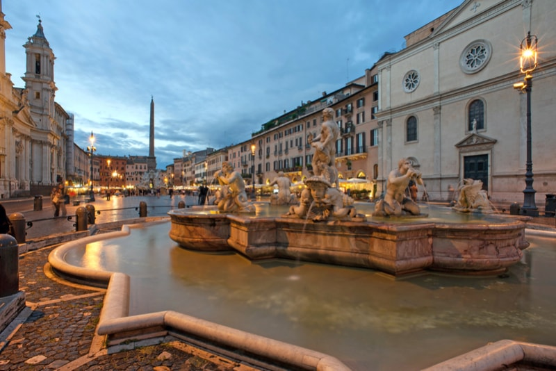 Piazza Navona - places to visit in Rome